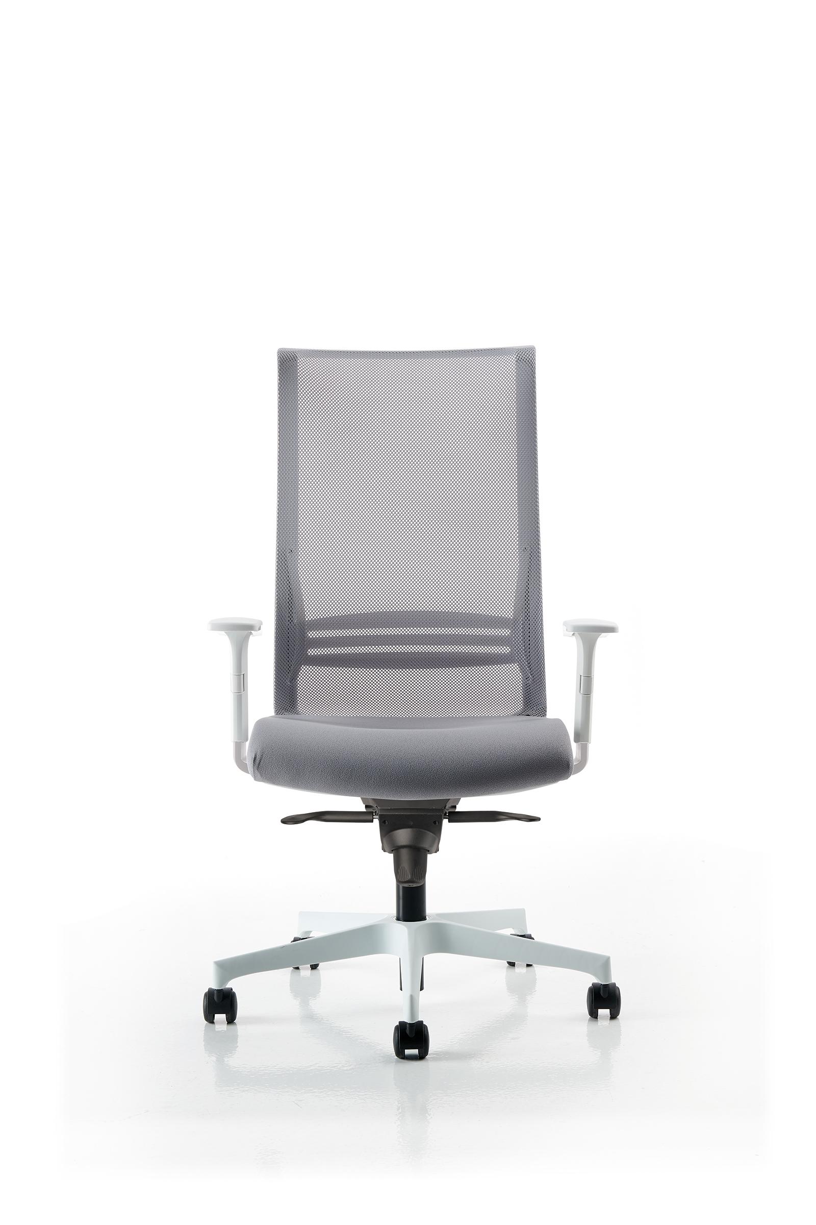 scaune produse in Romania